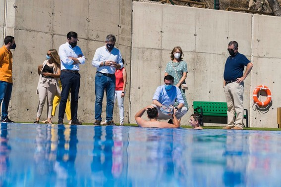 Inauguración piscina ENIX (1)