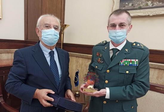 SGA entrega reconocimiento al general Prieto Bozec